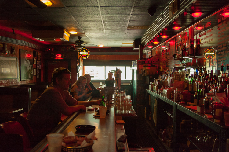 What two Pittsburgh bars did Esquire name to its Best Bars ...