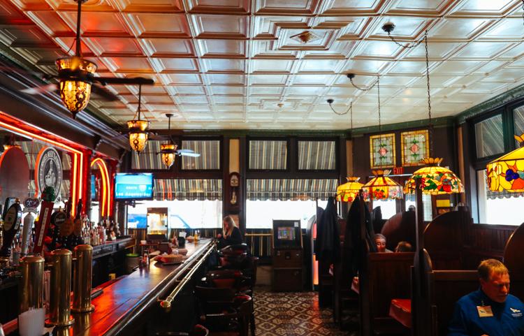 Max's Allegheny Tavern int 1