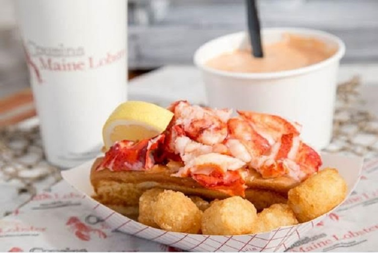 Cousins Maine Lobster begins fishing for customers at the Pittsburgh Food Truck Park